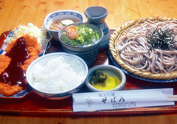 ¥1430  Buckwheat Noodle with Pork Cutlet with Miso Sauce